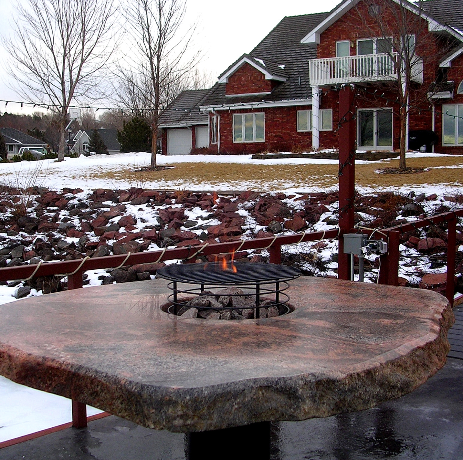 Rock Fire Pit Tables Made From Natural Stone Boulders 605